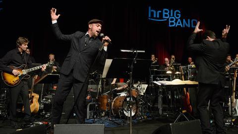 hr-Bigband mit Jörg Achim Keller und Max Mutzke